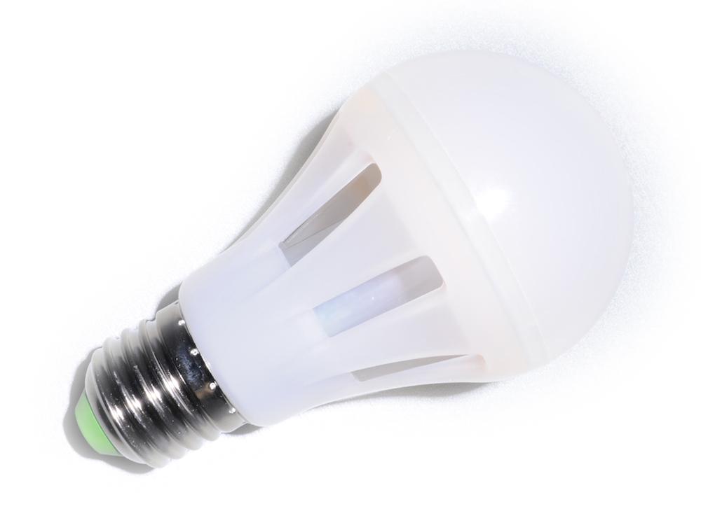 E27 MCOB LED Birne 6W – Warmweiß